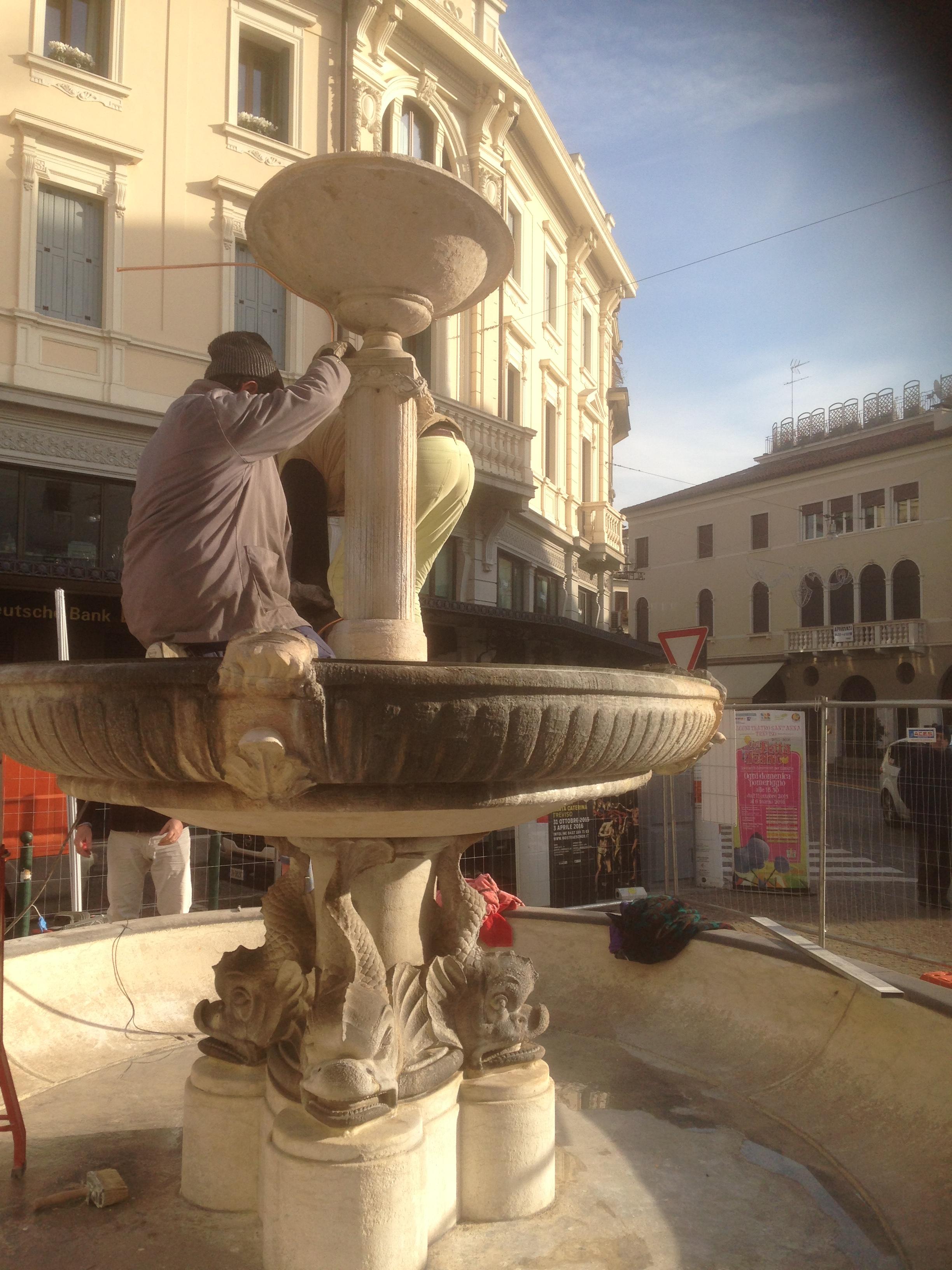 Lavori in corso in Piazza San Leonardo a Treviso